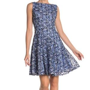 🆕 Gabby Skye Floral Print Lace Fit & Flare Dress